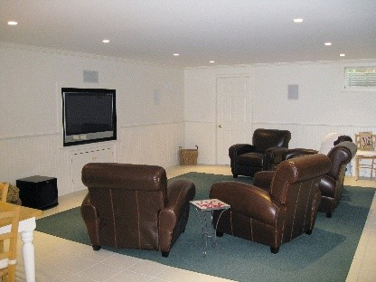 a home theater is comfortable and quiet