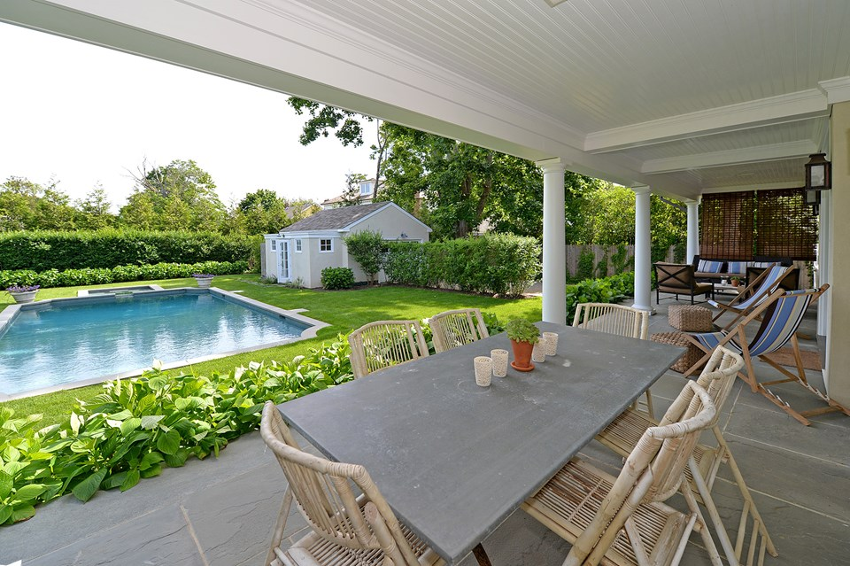 HamptonsReal Estate property listing
